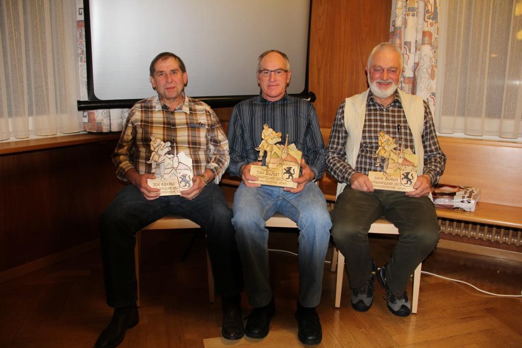 Die neuen Ehrenmitglieder, v.l.n.r : Eberli Joe, Sigrist Toni, Burch Bernhard
